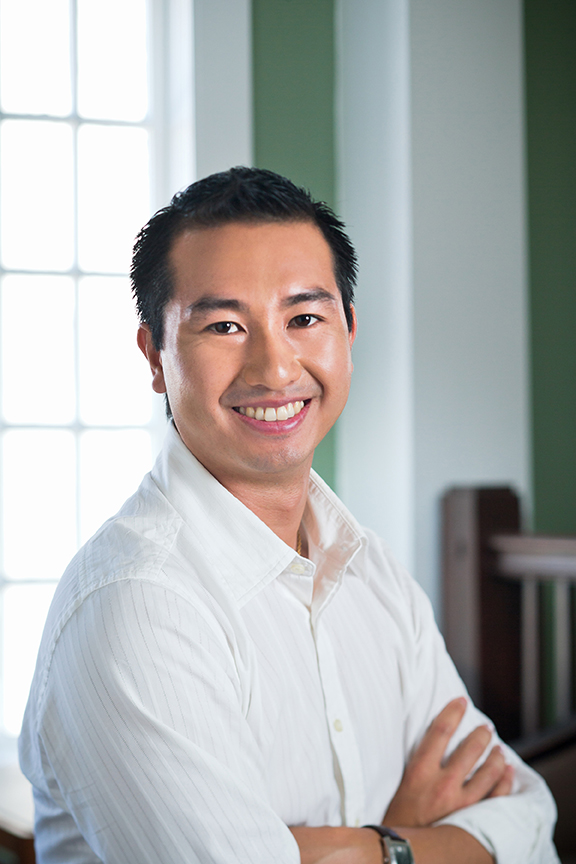 Photo of Chris Hong