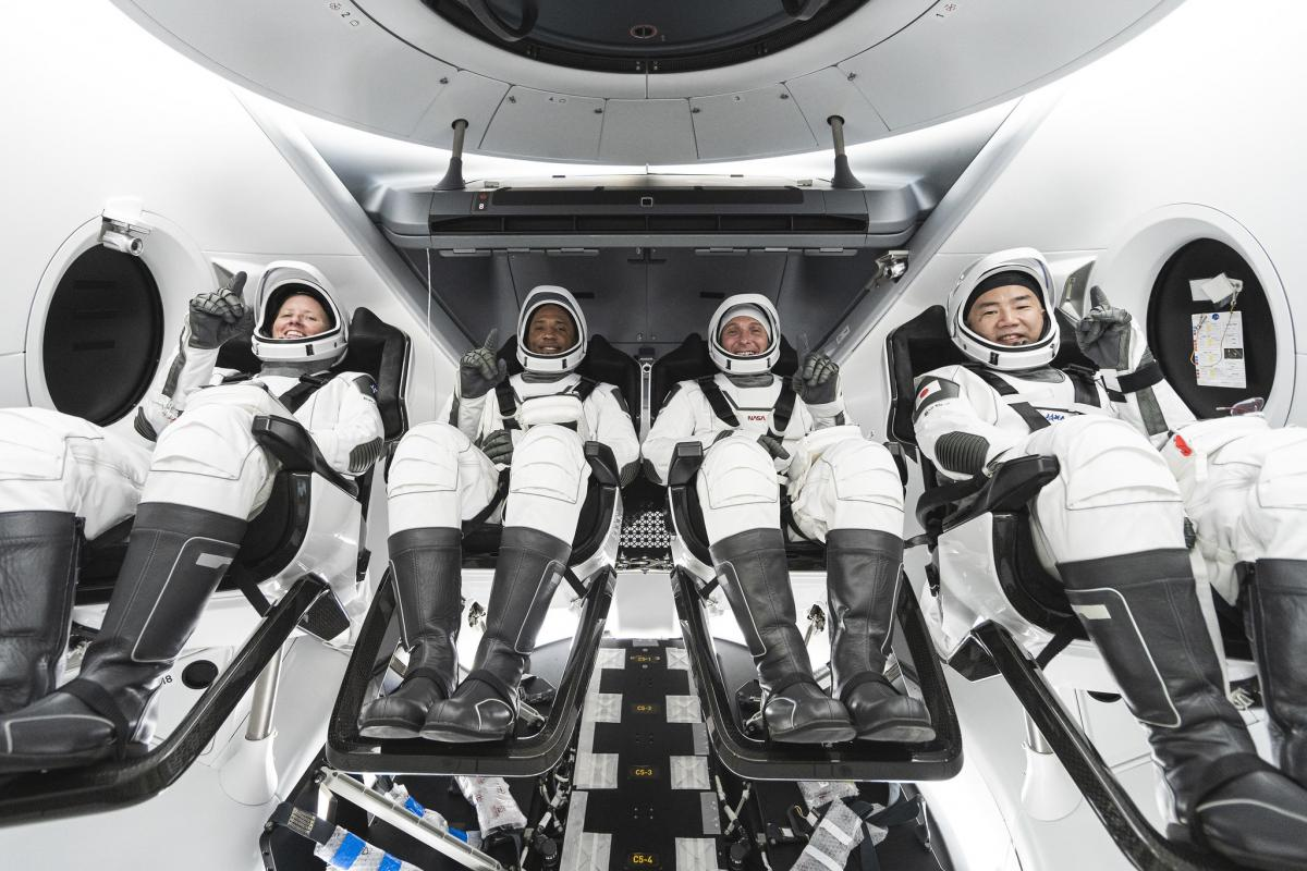 Cal Poly alumnus Victor Glover with fellow astronauts on SpaceX