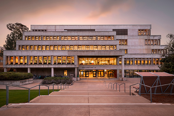 Kennedy Library at dusk. Photo by University Photographer Joe Johnston.