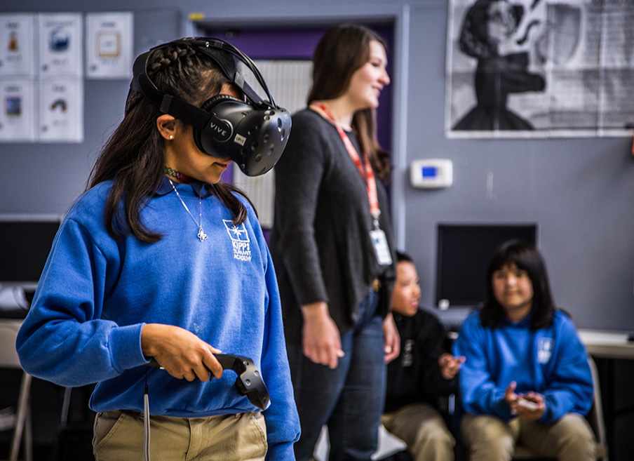 Bay area students experience virtual reality