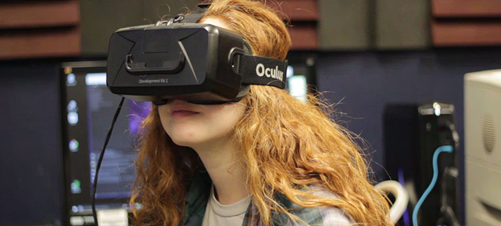 Student wearing a Virtual Reality (VR) headset