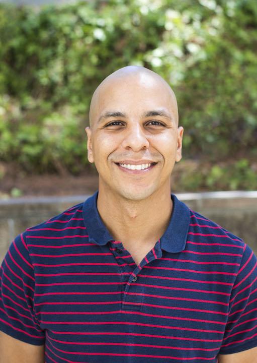 Dr. Daniel Almeida