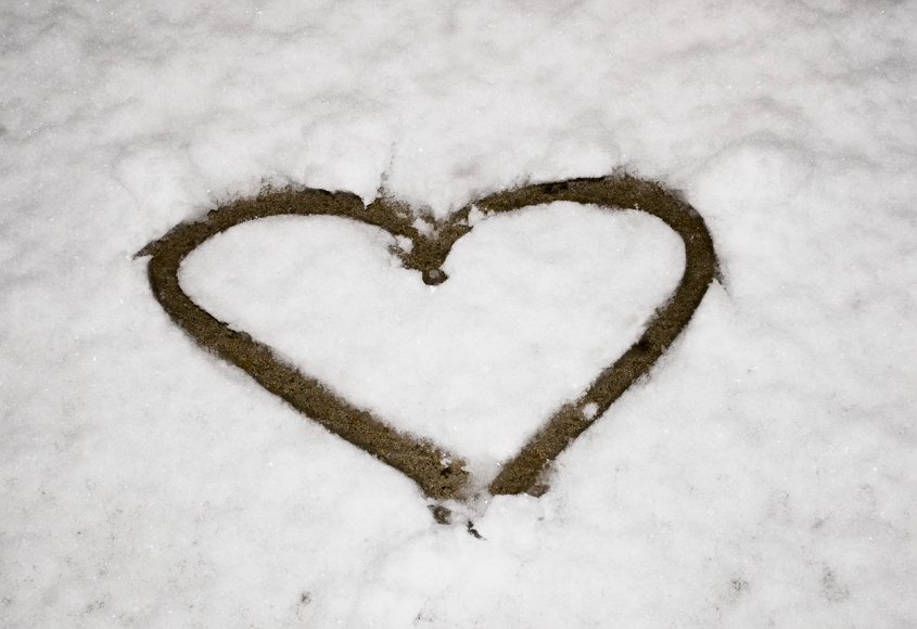 A heart in the snow