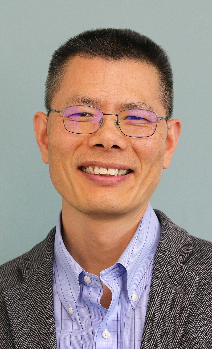 Picture of Jianbiao (John) Pan