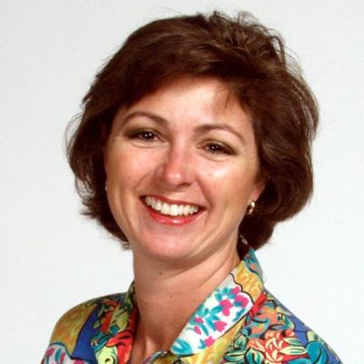 Alumna Rebecca Alarcio