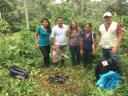 Kaitlyn Johnke working in Ecuador