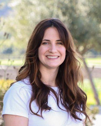 Nicole Lyons Profile Image