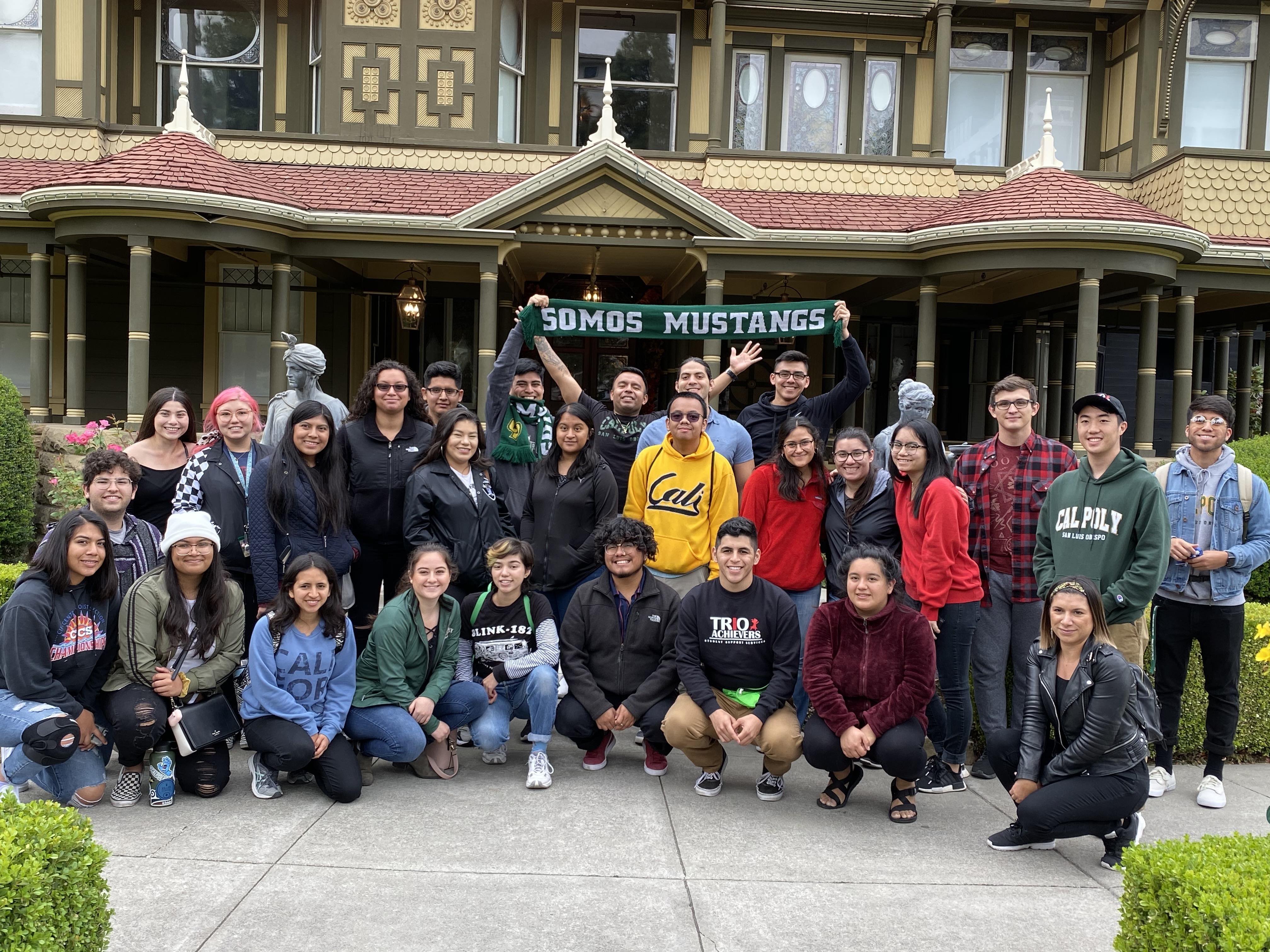 photo of students at winchester museum